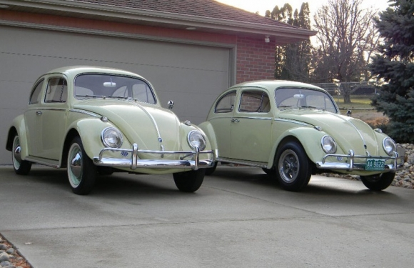 1962_VW_Bug_Beryl_Green_Sedan_Pair_For_Sale_Stock_and_Modified_resize