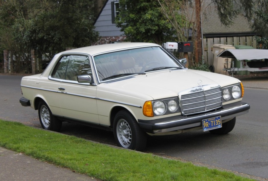 1980 Mercedes-Benz 280CE 4-Speed | Bring a Trailer